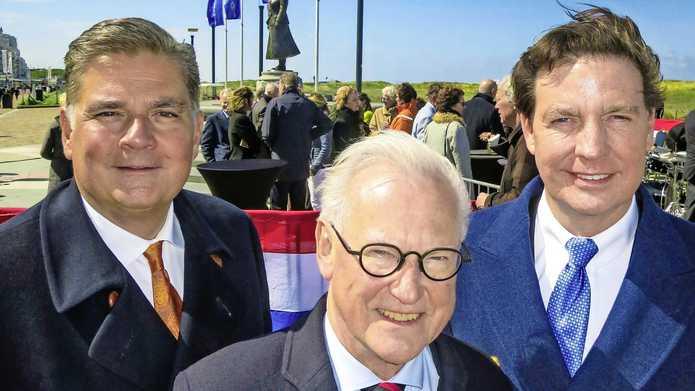 V.l.n.r. hoteldirecteur Jaap Liethof, burgemeester Jan Pieter Lokker van Vijfheerenlanden en hoteleigenaar Bram Mol van Hotels van Oranje.